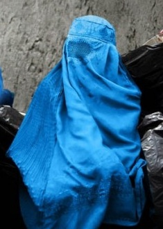 Muslim.woman.garbage.cropped